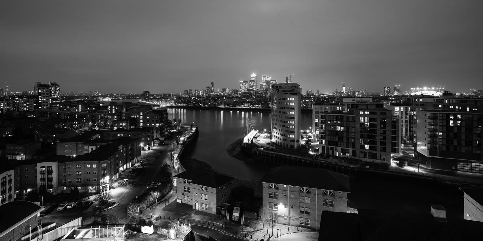 r000190-urban-regeneration-in-the-uk-1560x780-istock-471640424